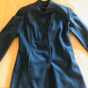 Elegant blue coat!